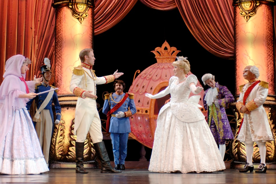 Best musicals and shows on a cruise ship Disney Dreams
