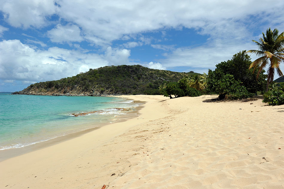 secret beach Happy Bay, St. Martin