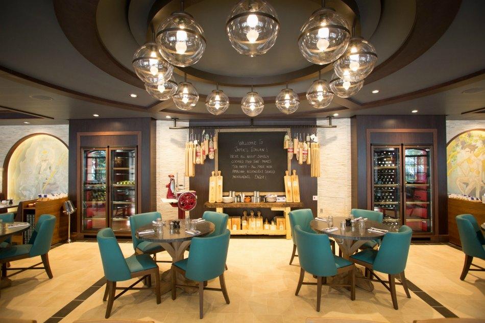 Top Ten Royal Caribbean Dining Experiences