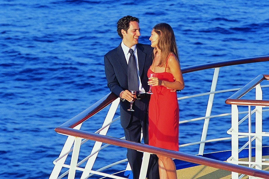 Cruise Ship Dress Codes Explained