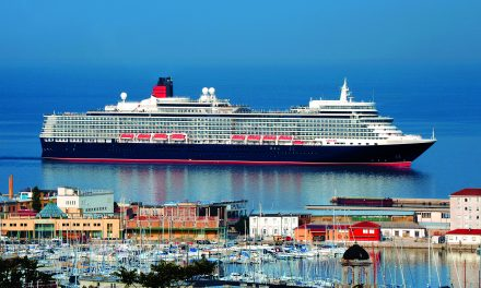 The Moment All Cunard Fans Have Been Waiting For: QE2 Debuts As Floating Hotel
