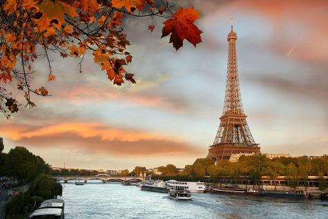 River cruise paris