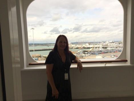 Ships i ve been on barbara cruises for Sheltered balcony qm2