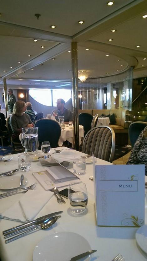 Byron dining room 3