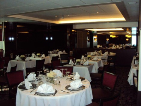 Myths and truths about cruising part 2 haydn cruises for P o britannia dining rooms