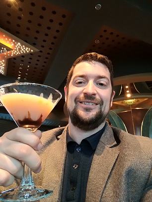 Which Cruise Companies Have Free Drinks Packages