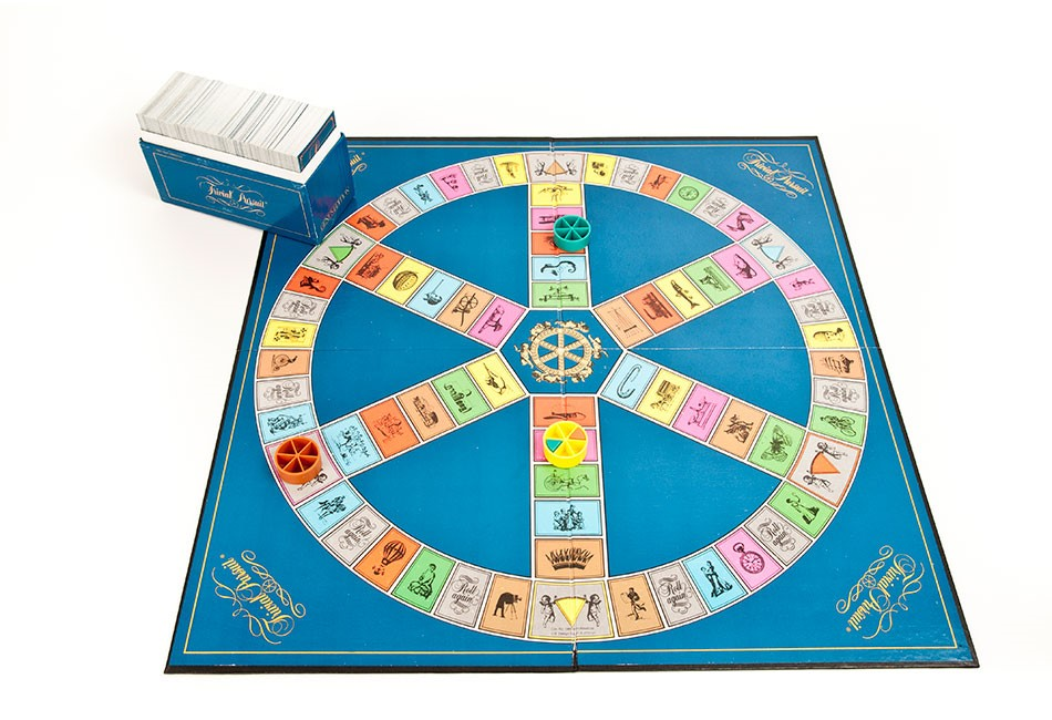 how to play trivial pursuit without a board