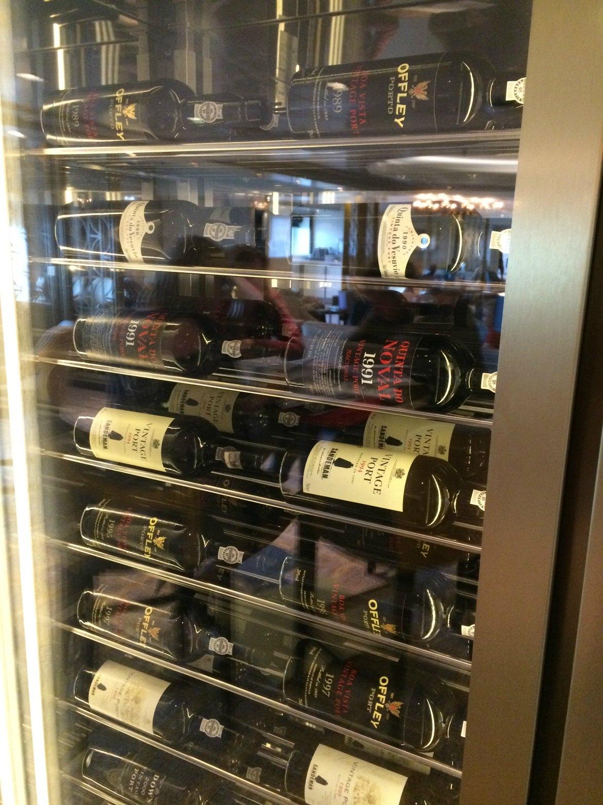 Carinthia Lounge resized Port fridge