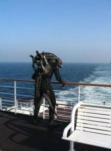 alien-on-a-cruise-ship