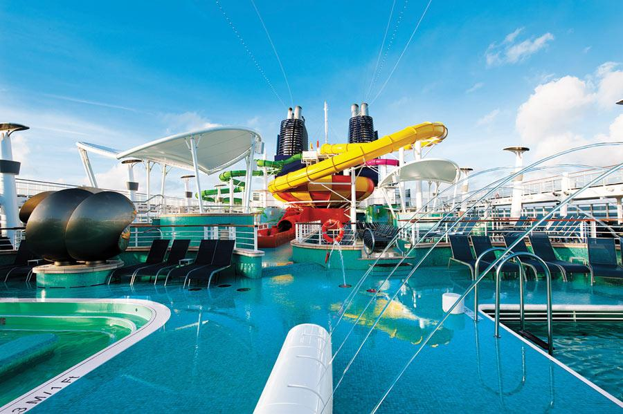 Ncl Cruises Norwegian Epic Pool Official Cruise Photos