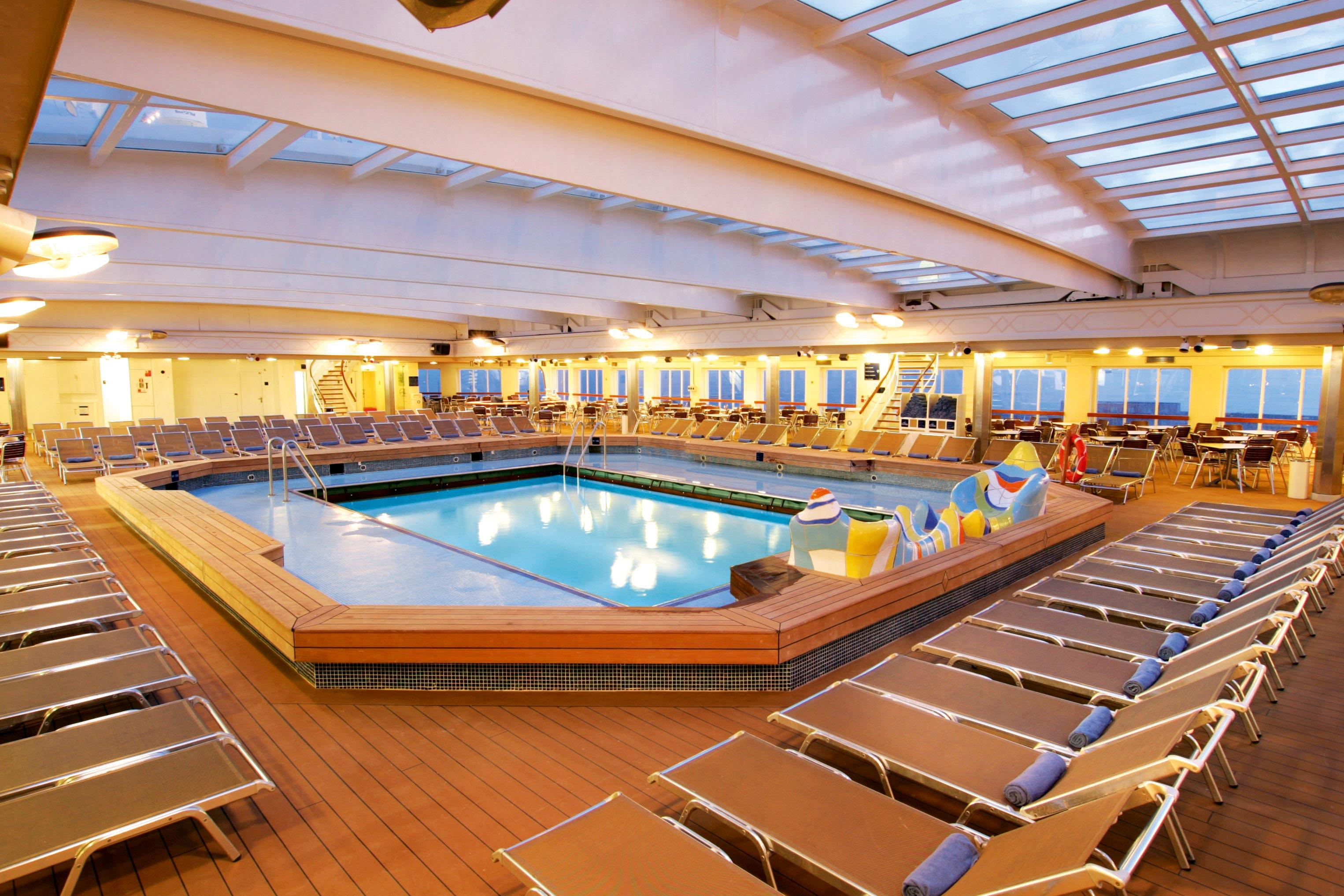 The Indoor Pool On The Thomson Dream Thomson Cruises Pinterest - Pictures of thomson dream cruise ship