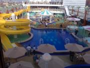 Norwegian Gem in Rotterdam in 4 October 2007. Deck pool.