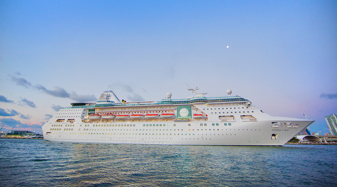 Empress of the Seas at Sea