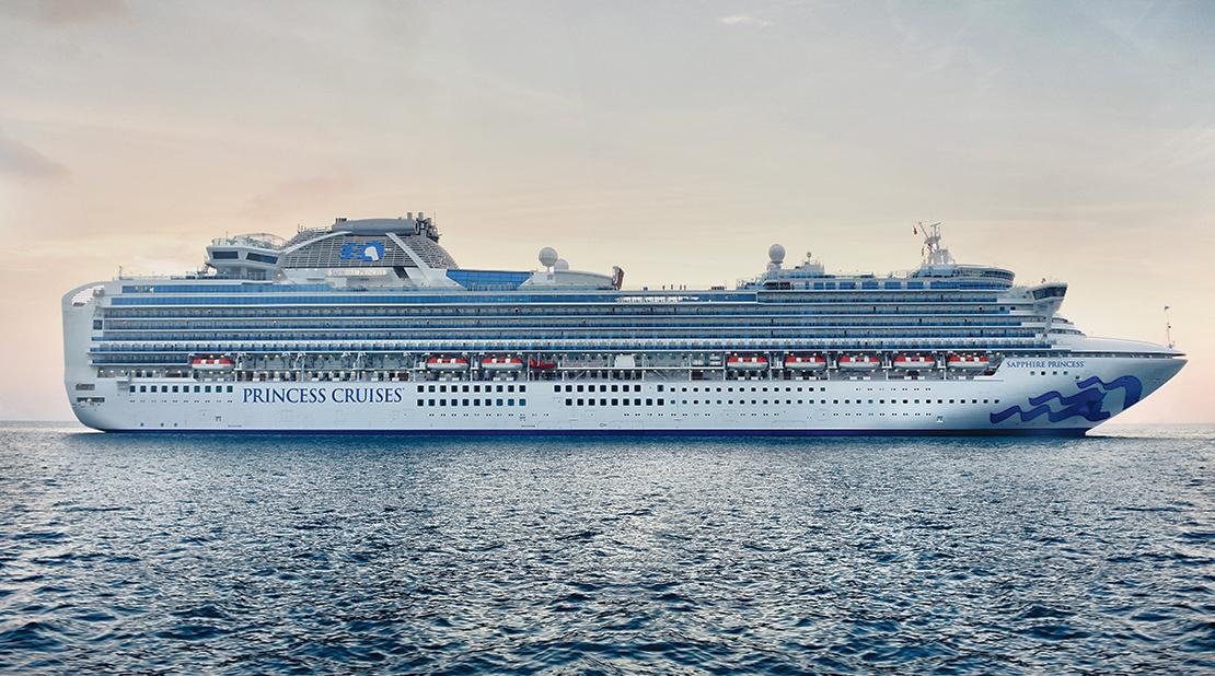 Sapphire Princess at Sea