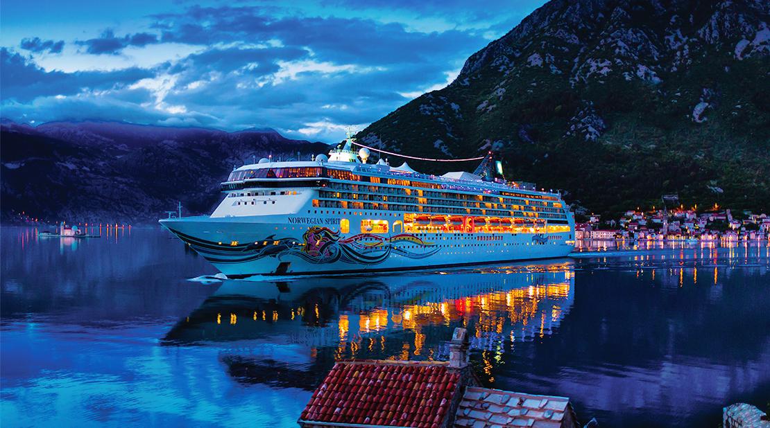 Norwegian Spirit at Sea