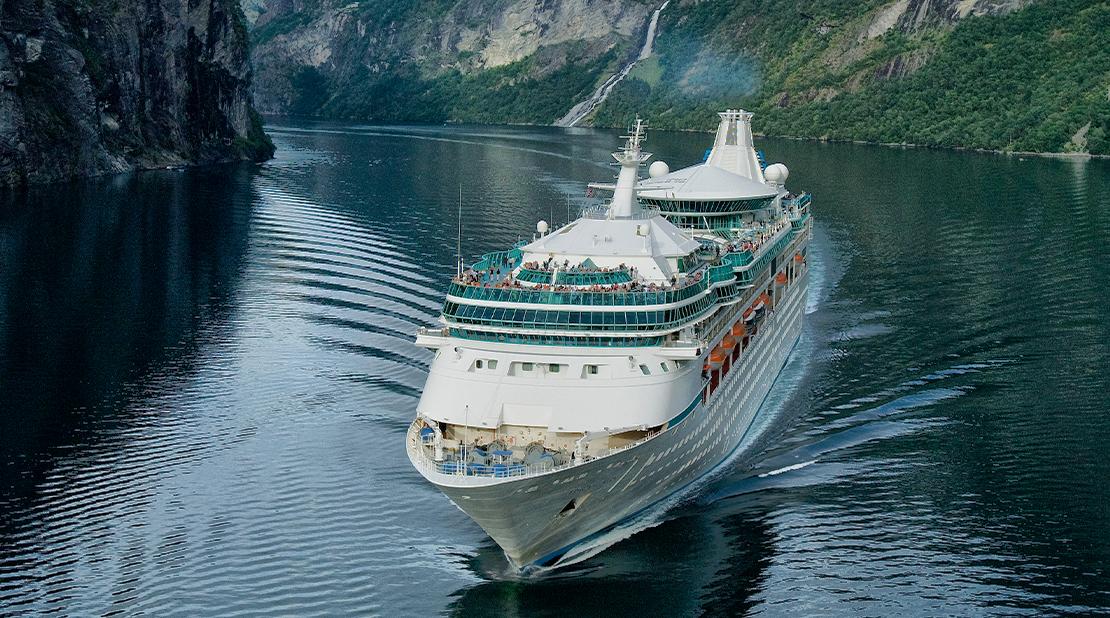 Vision of the Seas at Sea