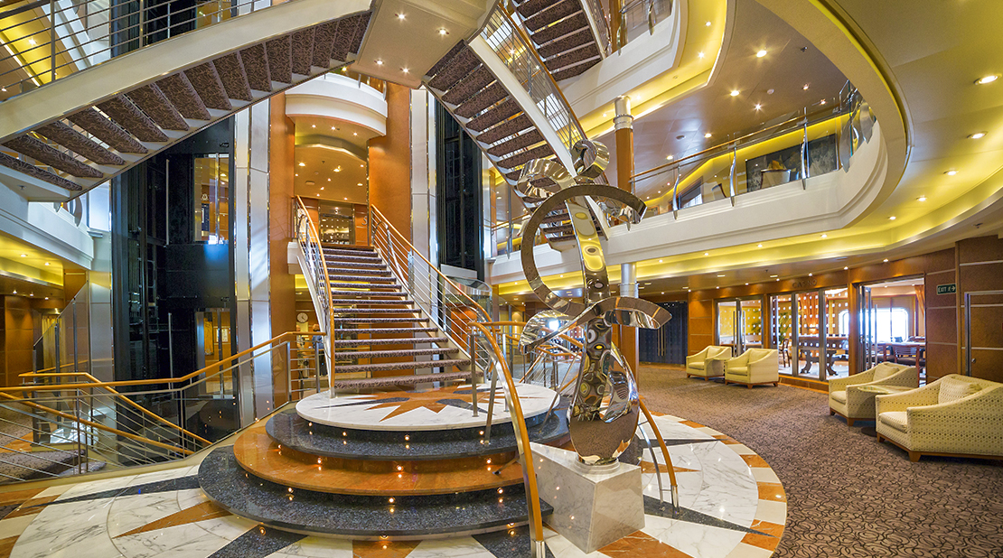 Regent Severn Seas Voyages Severn Seas Voyager Atrium