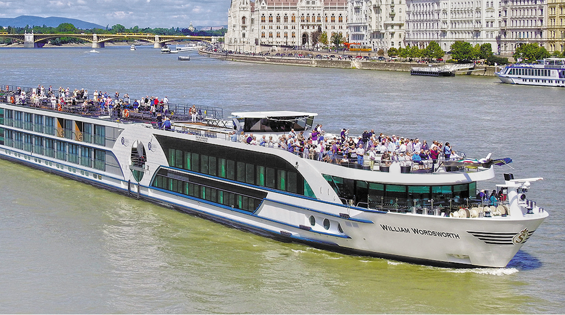 MS William Wordsworth on the River