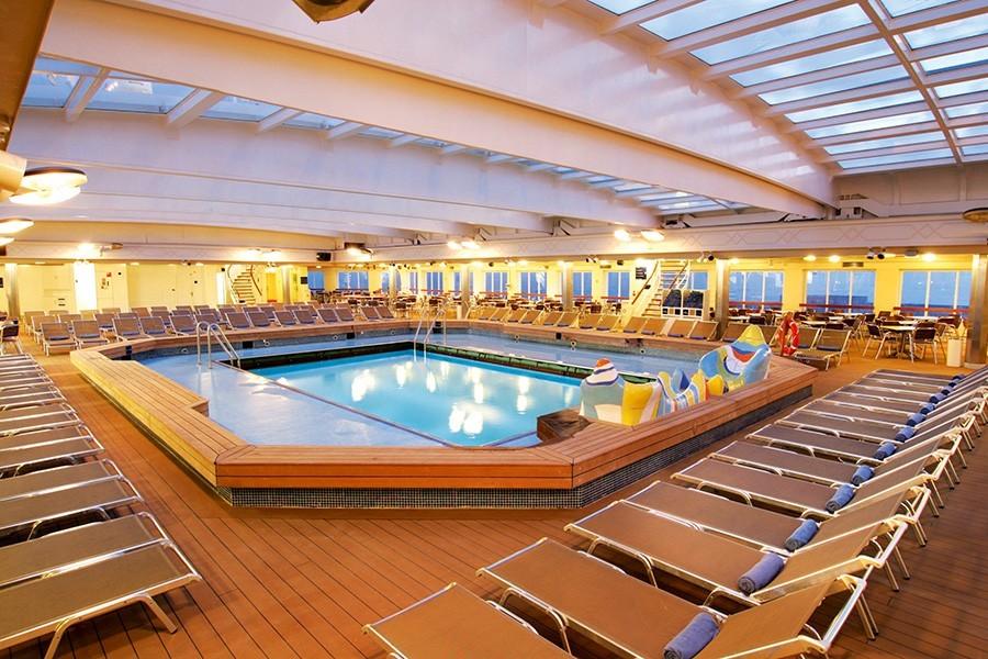 Main Pool Thomson Dream