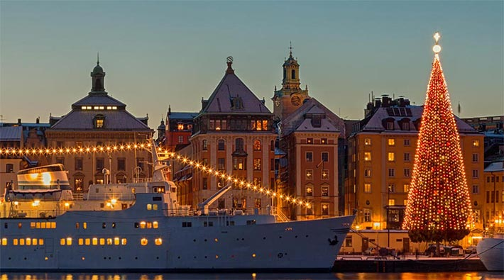 Christmas Cruises 2021 Christmas 2021 Cruise Deals Our Best Cruise Deals On Festive Sailings