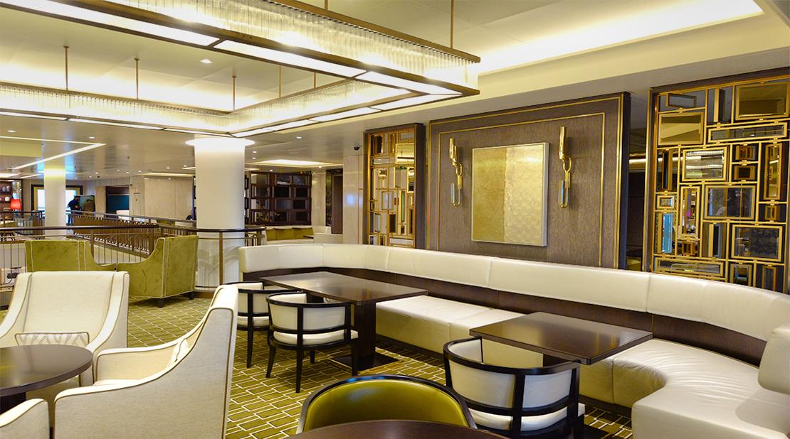 P&O Cruises Britannia Lounge